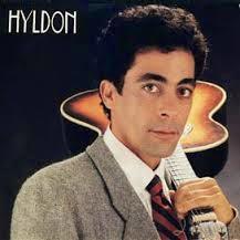 Hyldon canta tema de Sandra e Rafael em Boogie Oogie