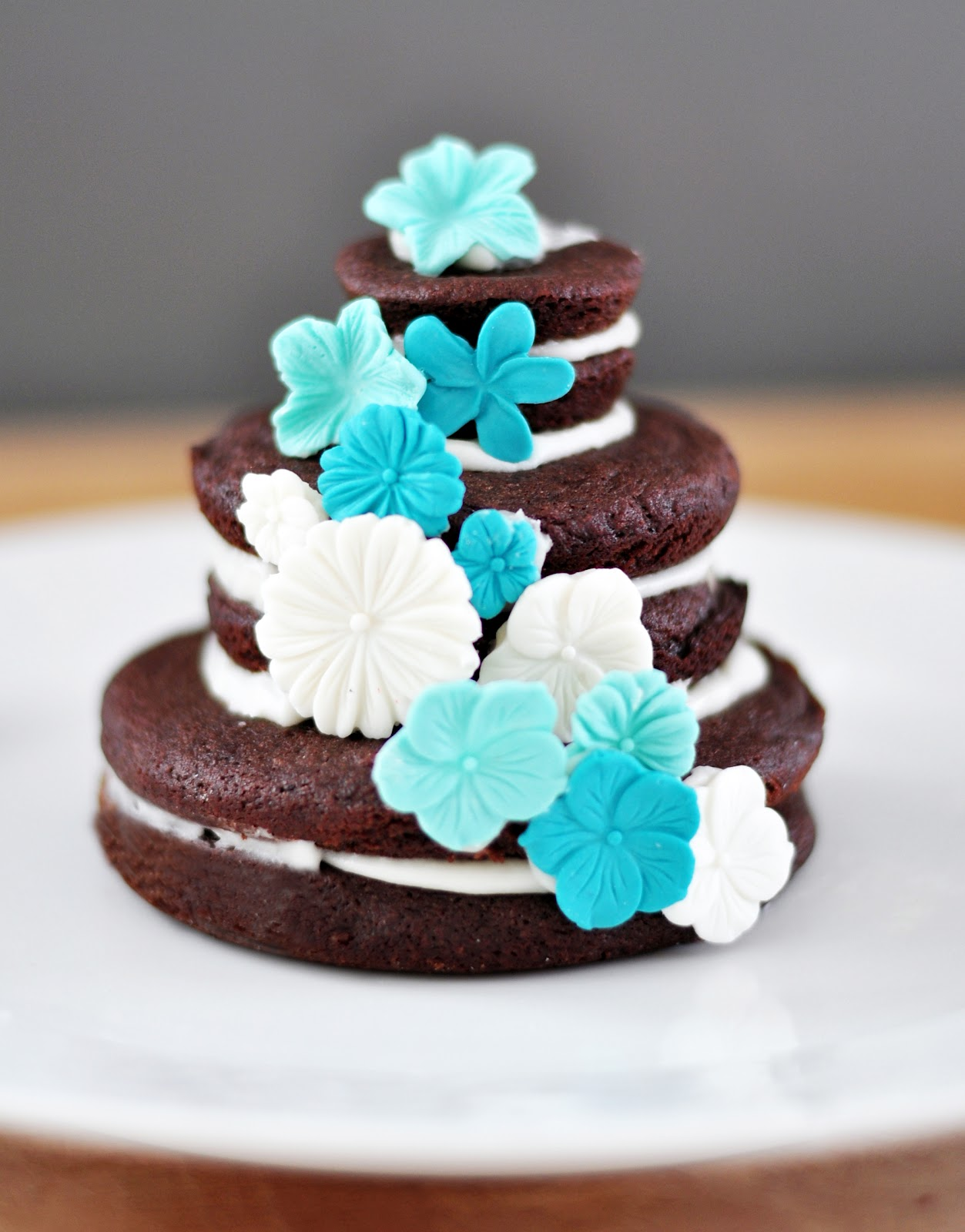 Life with Cookies and Other Sweet Surprises!: Tiered Cookie Cakes ...