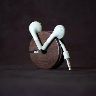 Creative and Cool Headphones and Earphones Cord Organizers (15) 1