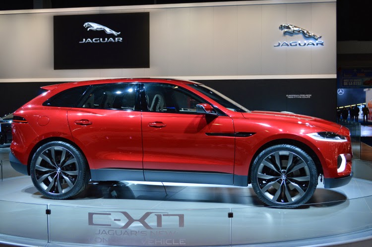jaguar cx-17 vermelho