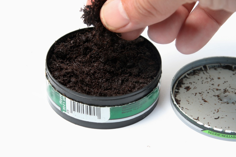 tobacco chewing tobacco Smokeless tobacco increases the risk of cancer, especially mouth cancers cigarettes and other tobacco products retrieved from https:.