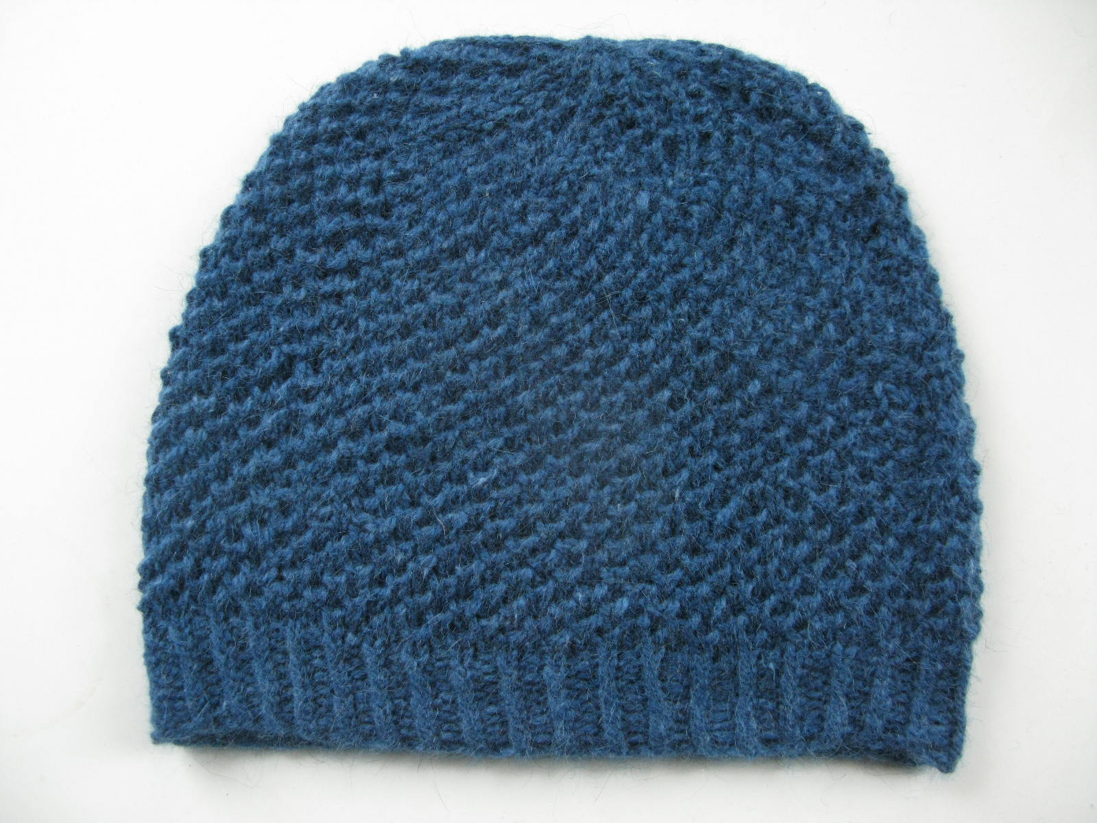 Moss Stitch Knitting Pattern : littletheorem: Islay Hat