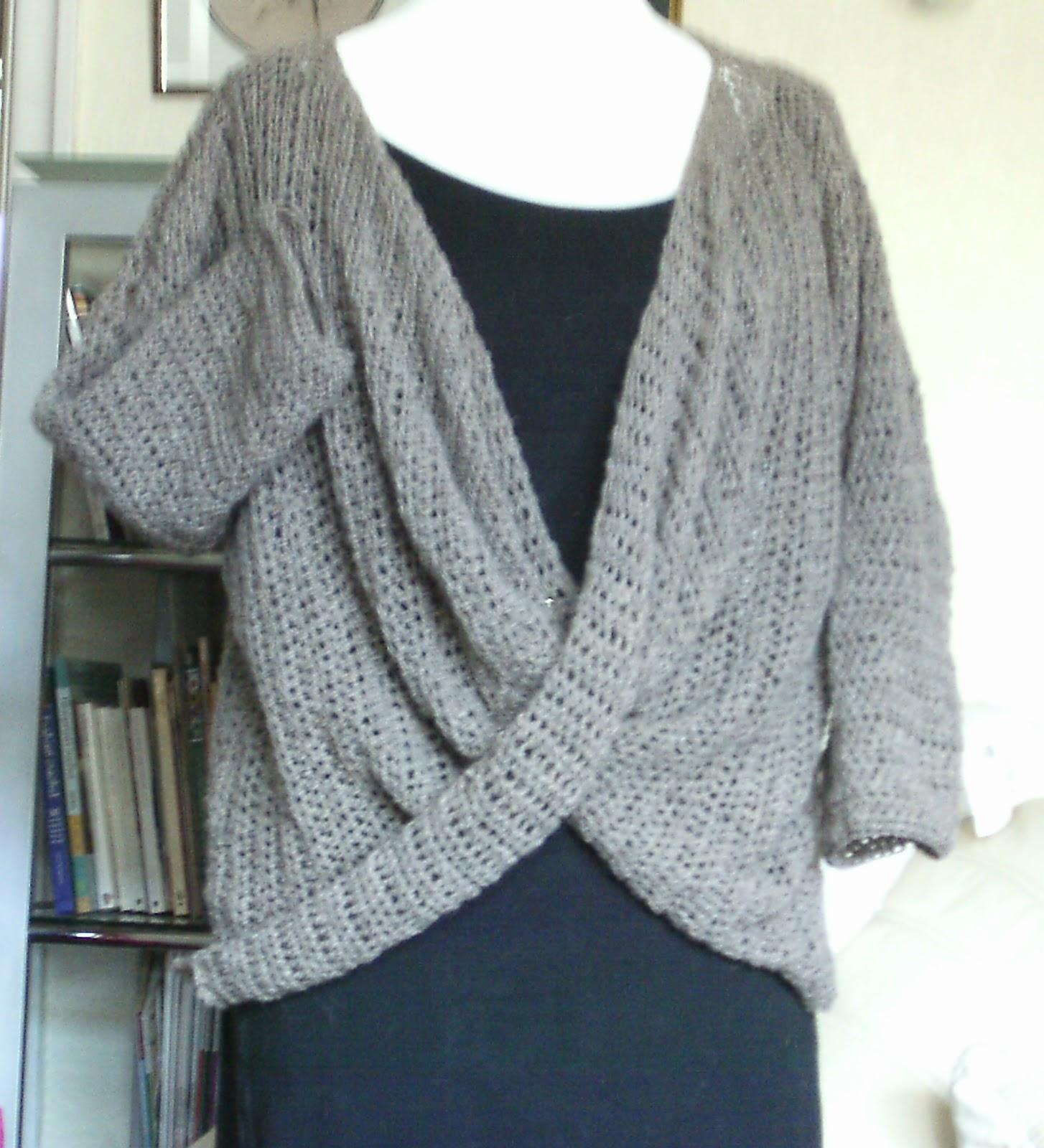Enthusiastic crochetoholic: Simply Elegant Sweater