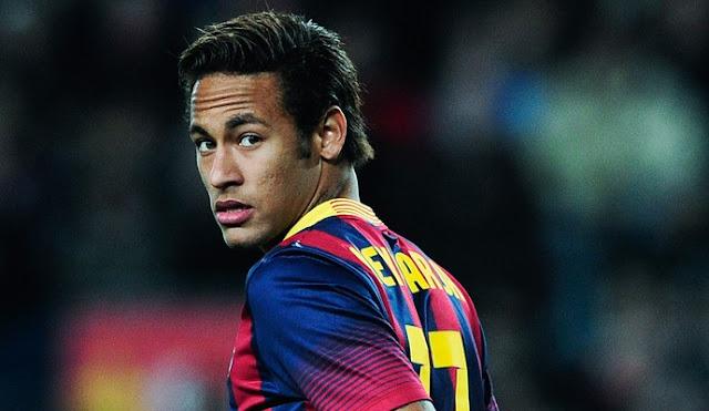 Jornal inglês destaca que Neymar teria interesse em rumar para o United no futuro, mas Barcelona já vetou a ideia (foto: AFP)