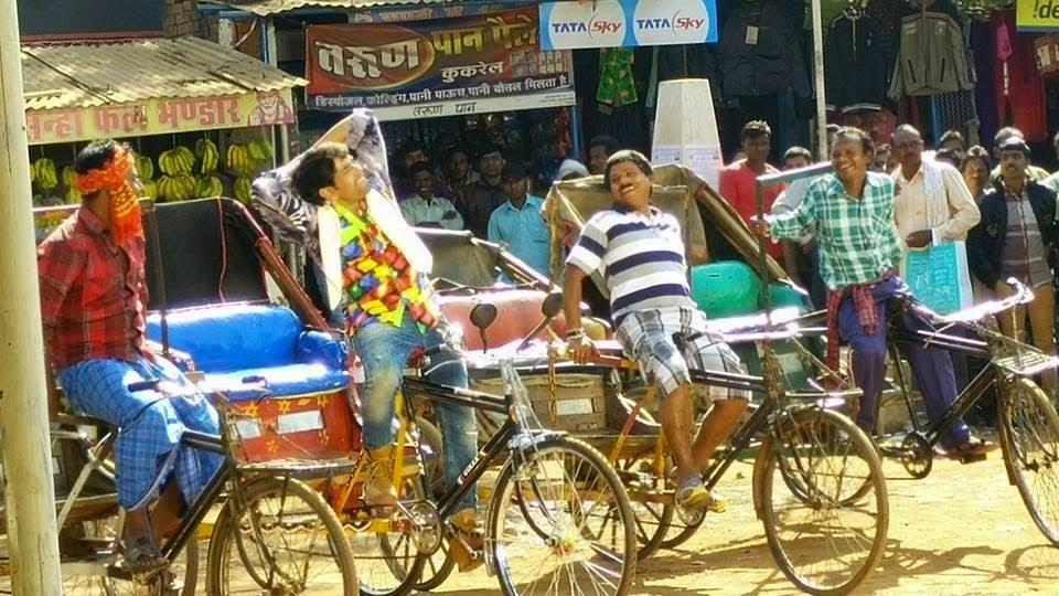 Shooting Process of Bhojpuri film 'Nirahua Rikshawala 2' Star cast Dinesh lal yadav & Amrapali