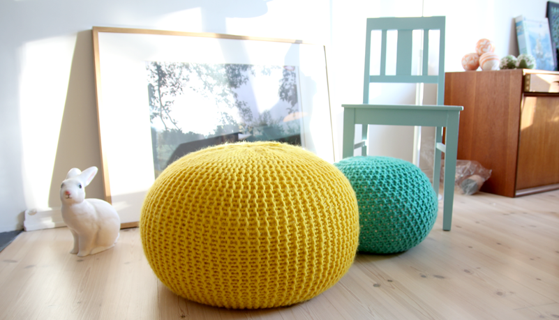 Knitted Ribbing Patterns : A Tweed Pouf Ottoman - an Easy Chunky Knit - Flax & Twine
