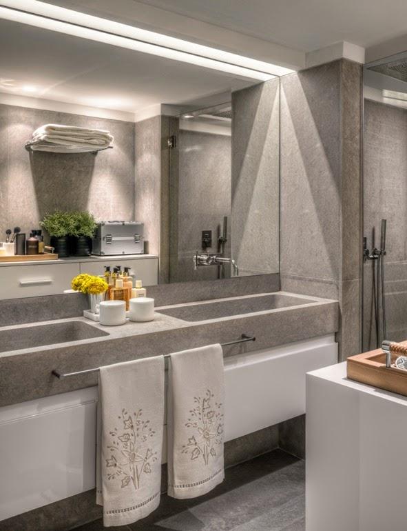 baño con mueble lavamanos doble