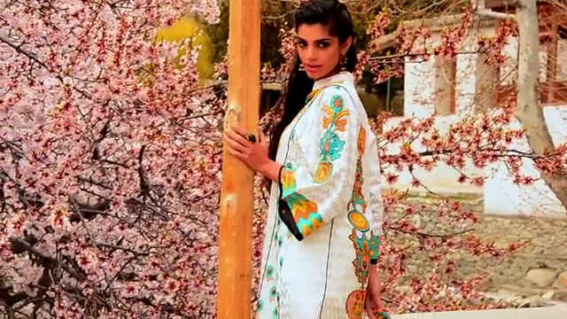 Warda Saleem Lawn 2014 Sanam Saeed