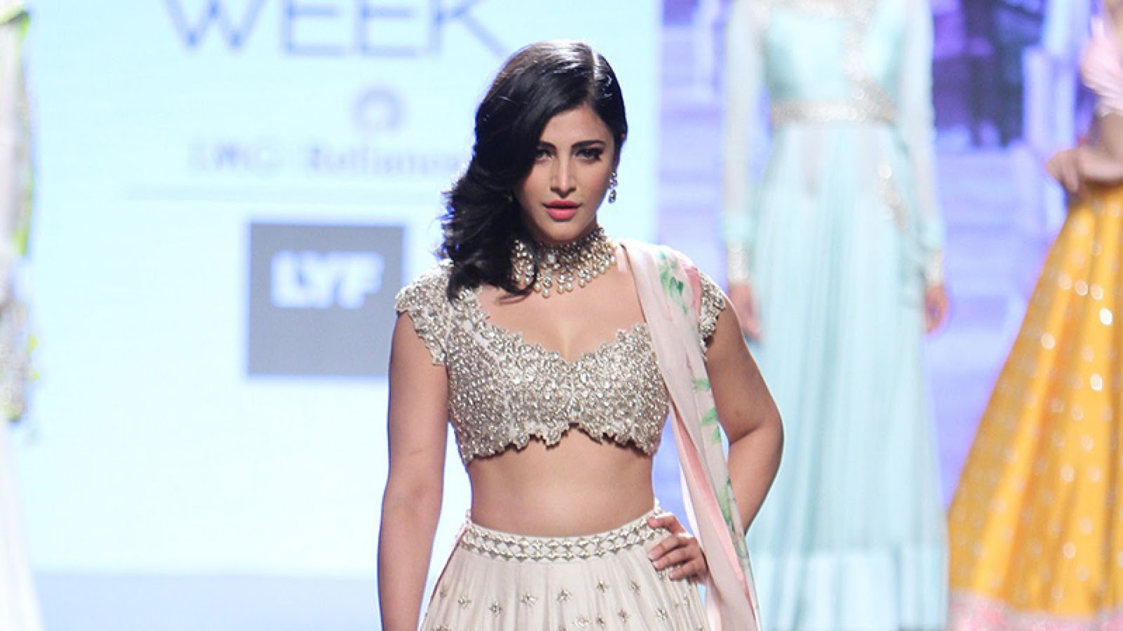 Lakme fashion show mms clips
