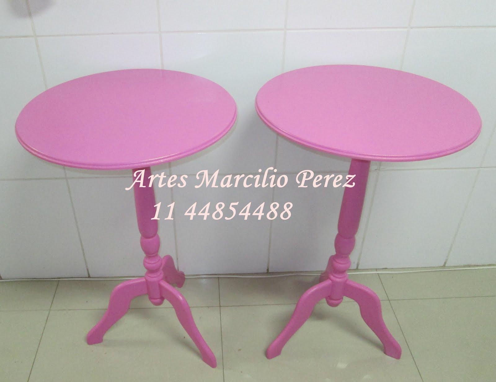 Mesinha rosa pé torneado R$ 170,00 cada  medidas 80 Ax 52 de diametro