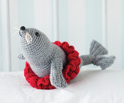 Toys To Crochet Free Patterns : 2000 Free Amigurumi Patterns: Free Circus Seal Toy Crochet ...
