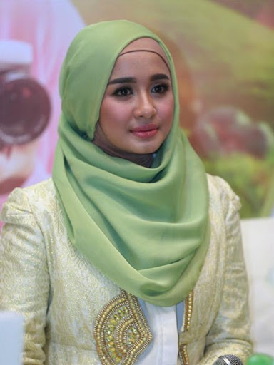 trend model gaya hijab ala laudya chintya bella terbaru 2015/2016