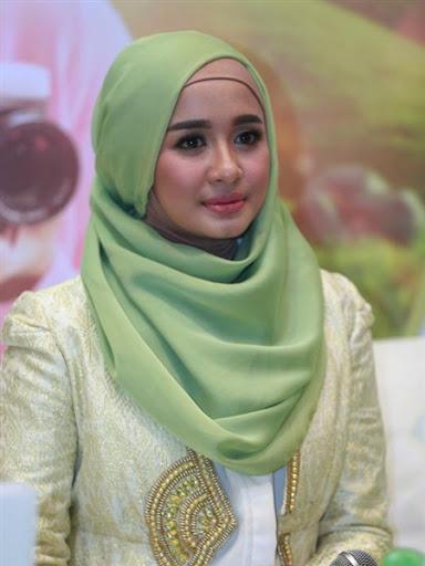 trend model gaya hijab ala laudya chintya bella terbaru 2017/2018