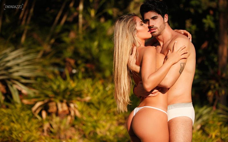 Ex-BBBs Adriana e Rodrigão juntos em ensaio sensual para o Paparazzo