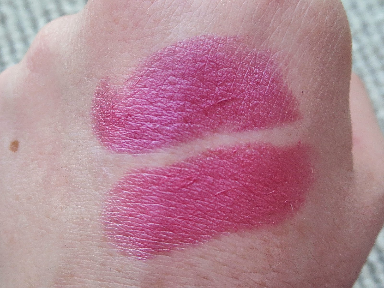 a picture swatch of Covergirl Colorlicious Lipsticks in Coquette Orchid and Ravishing Rose
