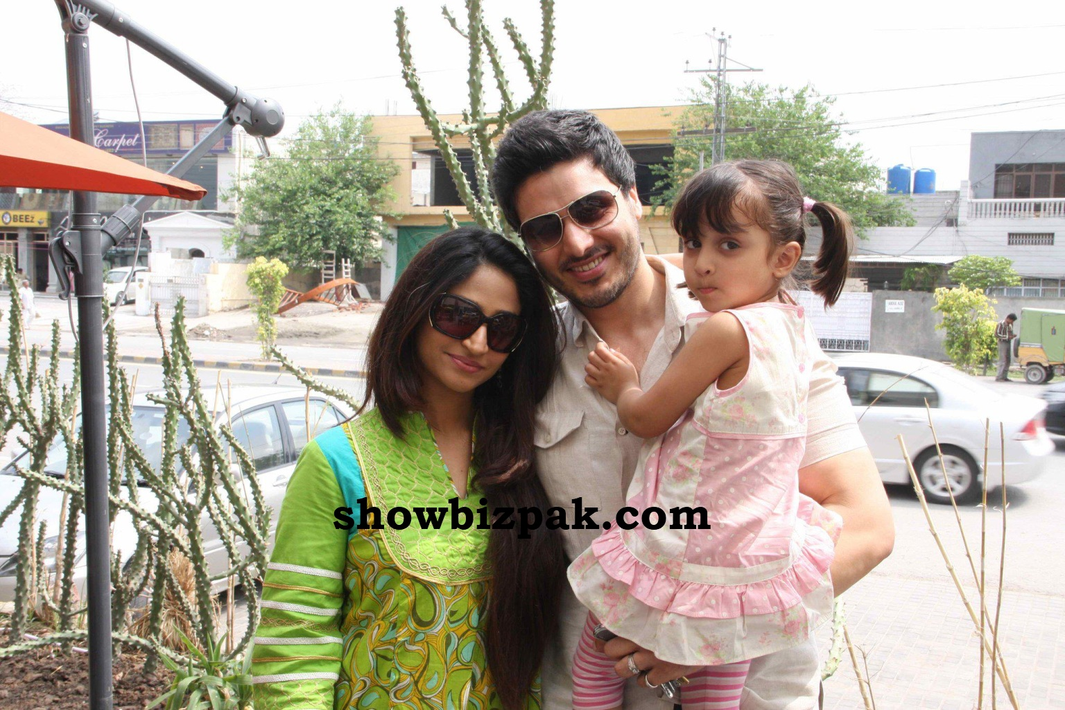 Ahsan Khan with wife and daughter