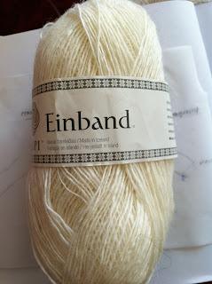 Garn, Einband, Islandsk uldgarn fra http://istex.is/. Købt 3 garnnøgle (300 gr)