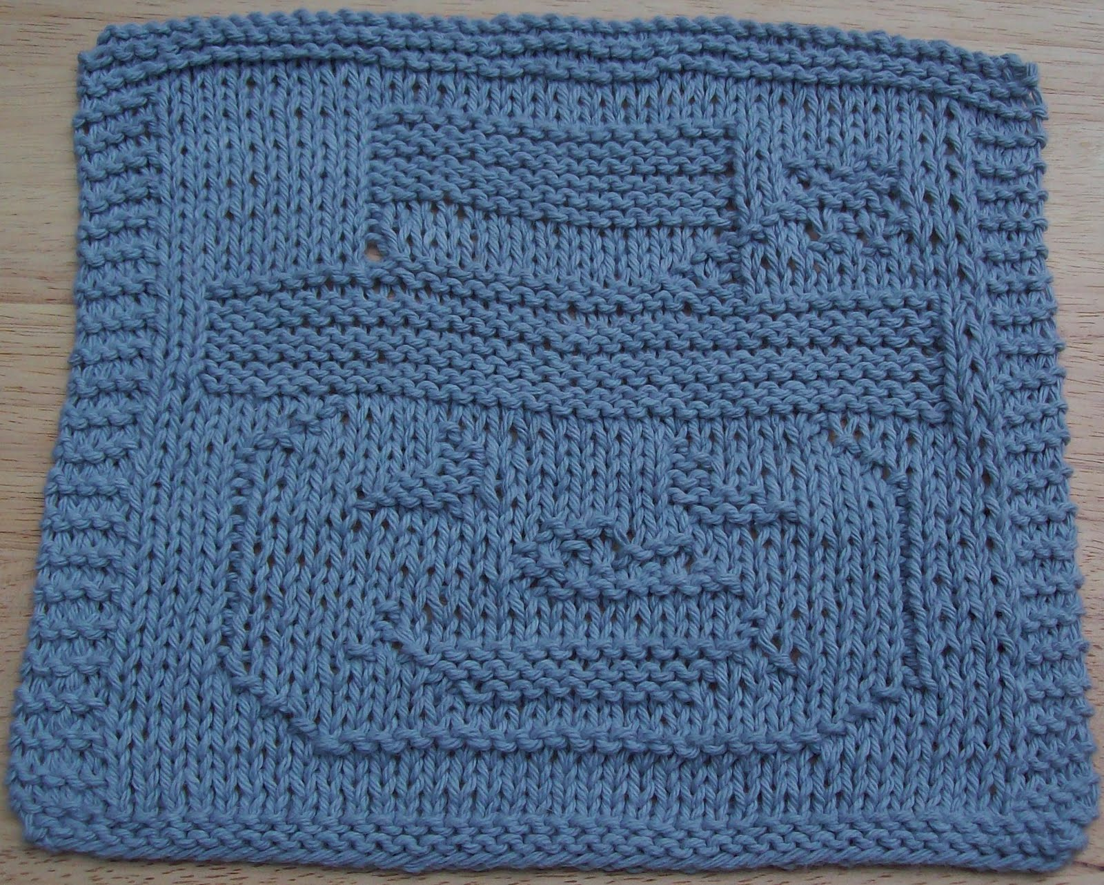 Free Knitted Dishcloth Patterns Snowman : DigKnitty Designs: Snowman Face Too Knit Dishcloth Pattern