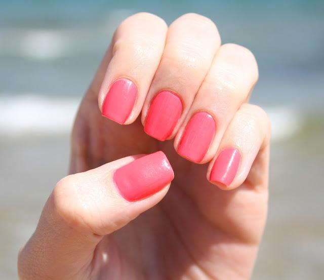 Nail Buttons: I Heart Summer Series: My Favorite Summer Nail Polish