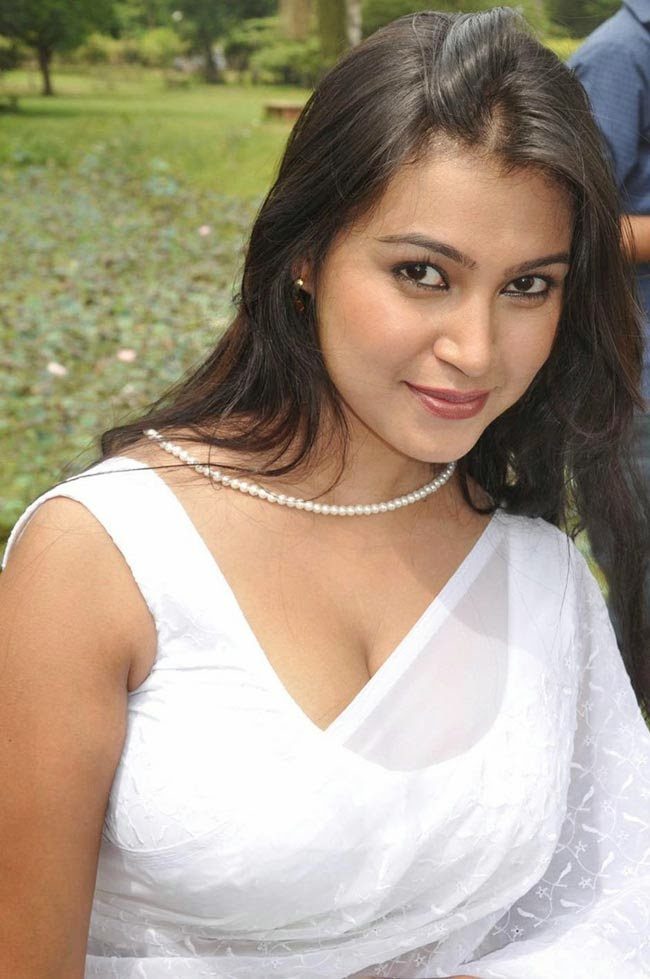 actress varsha k pandey latest hot cleavages and navel