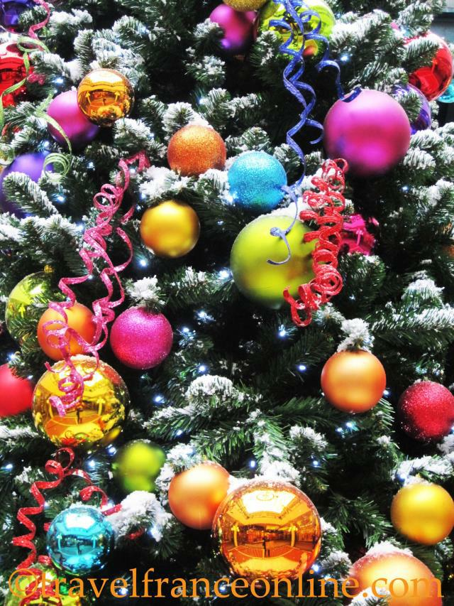 Christmas Tree Decorations | Online Travel France