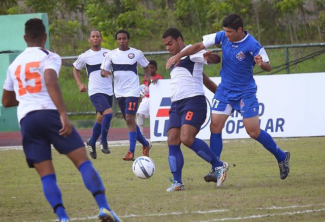 San Cristóbal derrota a los Delfines