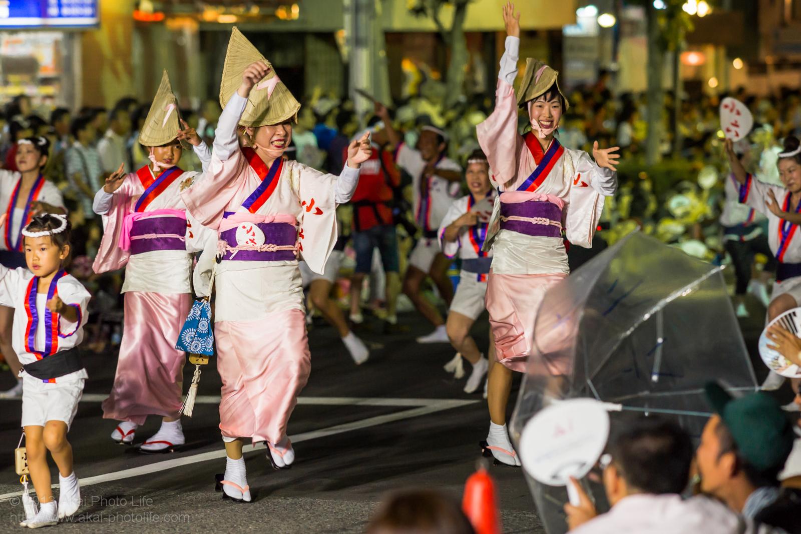 高円寺阿波踊り 小六の女踊り