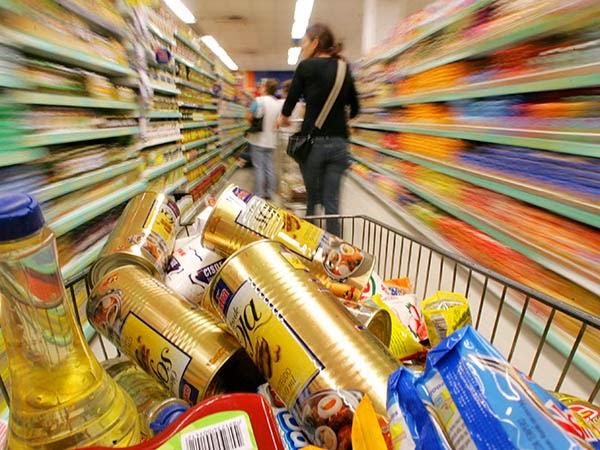 Pesquisa do Procon revela custo médio da cesta básica e índices de variação de preços em Campina Grande