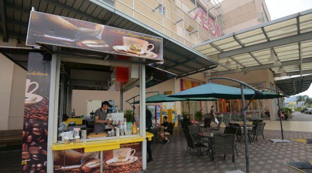 Khai Rosma AF1 CoffeRich Cafe AEON