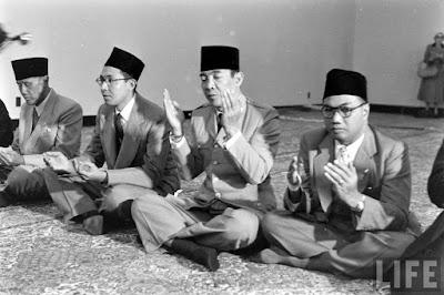 5-tanda-islam-sontoloyo-kata-bung-karno