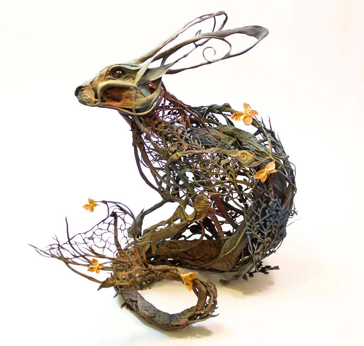 coniglio-sirena-sculture-surrealiste-ellen-jewett