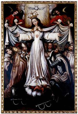 La Virgen de la Merced vestida de blanco, extiende sus brazos ante el rey y el Papa.