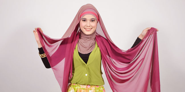 Pashmina Two-Tone Modis Namun Tetap Syar'i 2012 | THE BEST HIJAB ...