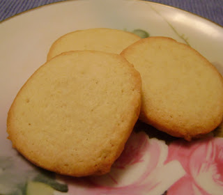 ... and Back Again Food: Vanilla Icebox Cookies in the Friday Cookie Jar