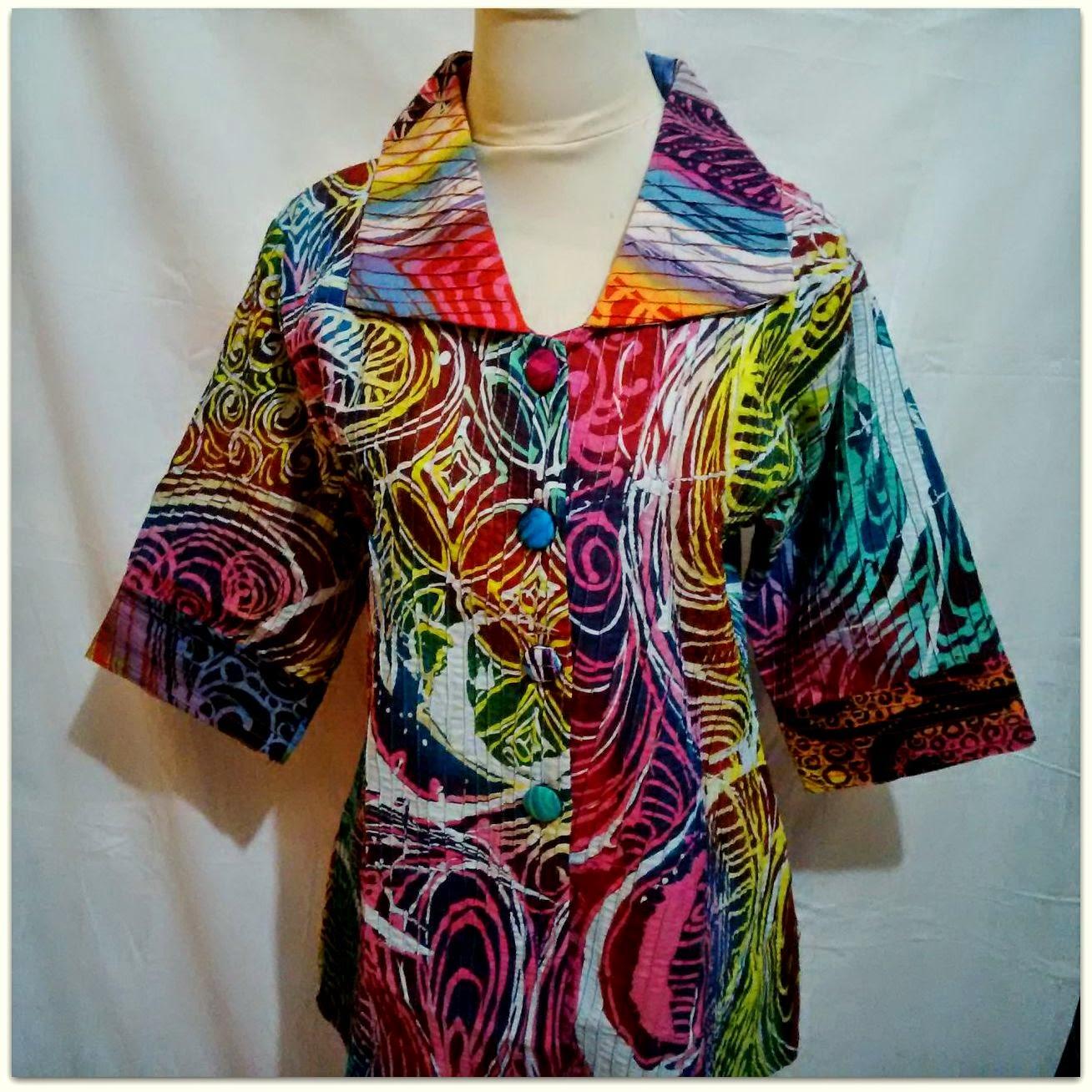 Baju Batik Tulis Ini Unik Dengan Warna Yang Menarik Cocok Untuk Kebutuhan  Fashion Batik Anda 79c3db4363