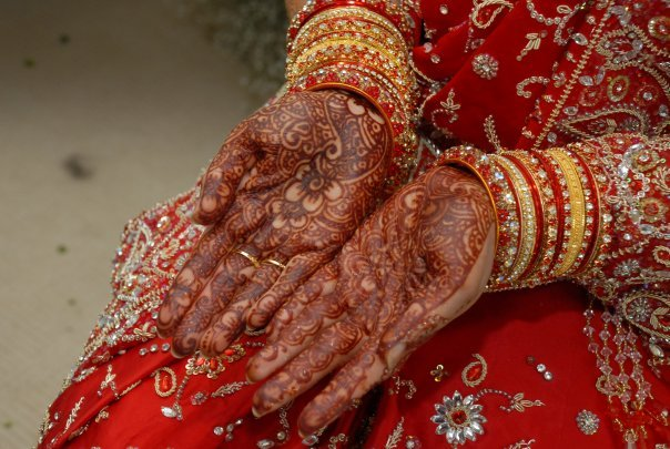 Hands Dulhan Mehndi Photo Sharing : Superb mehndi designs wedding jewelry earrings