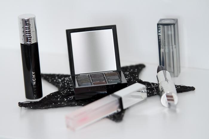 Mascara de pestañas paleta de sombras gloss y labial Folie de Noirs de #givenchybeauty  #givenchylemakeup