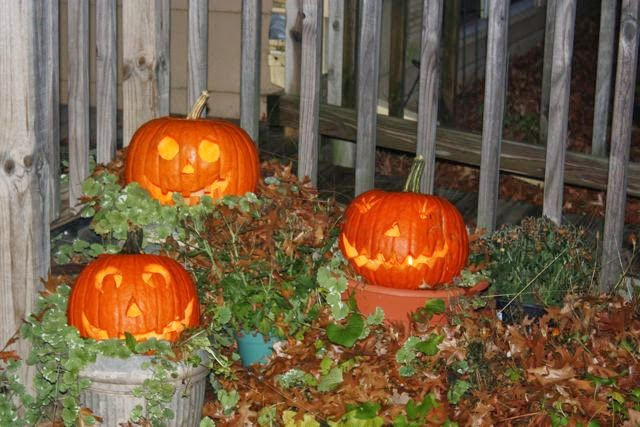 Jack-o-lanterns from years past
