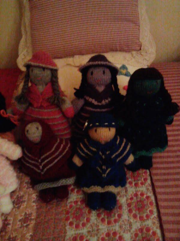 Descuidos De Latinaso Cholitas