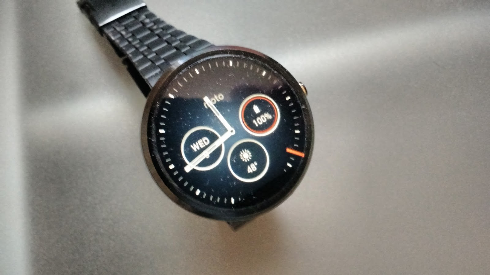 The Tech Wire: How to Force Update to Your Moto 360