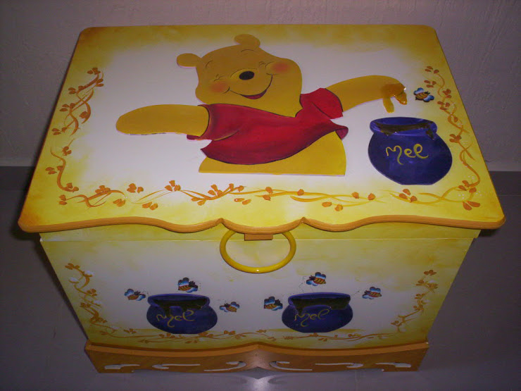 Bau Ursinho Pooh R$ 170,00