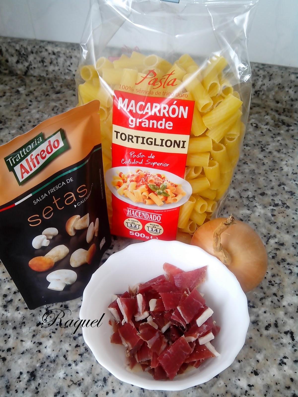 Tortiglioni Con Jamón En Salsa De Setas