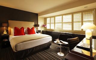 Dormitorio en Wenge fotografias de habitaciones modernas