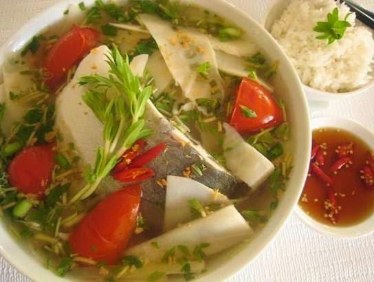 Cách làm món Canh cá nấu măng chua ngon