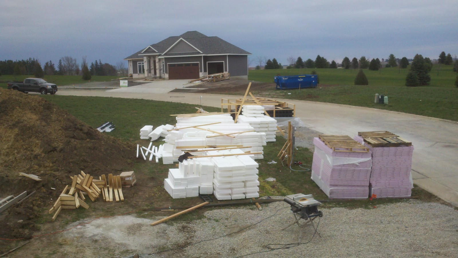 New lizer homestead basement forms up for Basement forms