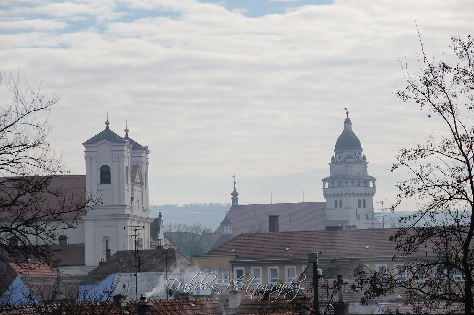 Pohled na Jezuitský klášter a evangelický kostel Sv. Michala z Kalvárie