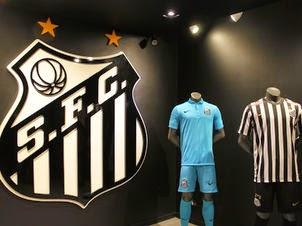 5226eb0965 Santos discute novos uniformes e promete ficar com a Nike até 2015 ~  FutGestão