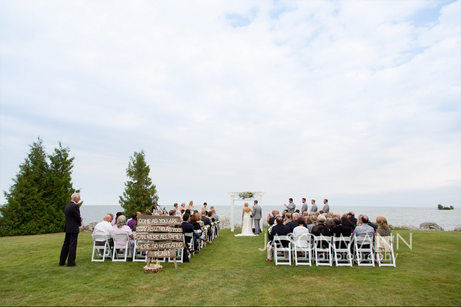 Outdoor wedding on Lake Michigan in Baileys Harbor, Door County. Photo by Jason Mann Photography, 920-246-8106, www.jmannphoto.com
