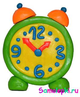 часы из пластилина