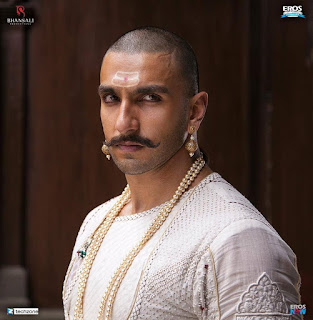 Ranveer, Deepika and Priyanka Chopras first look photo sin Bajirao Mastani‬ Movie